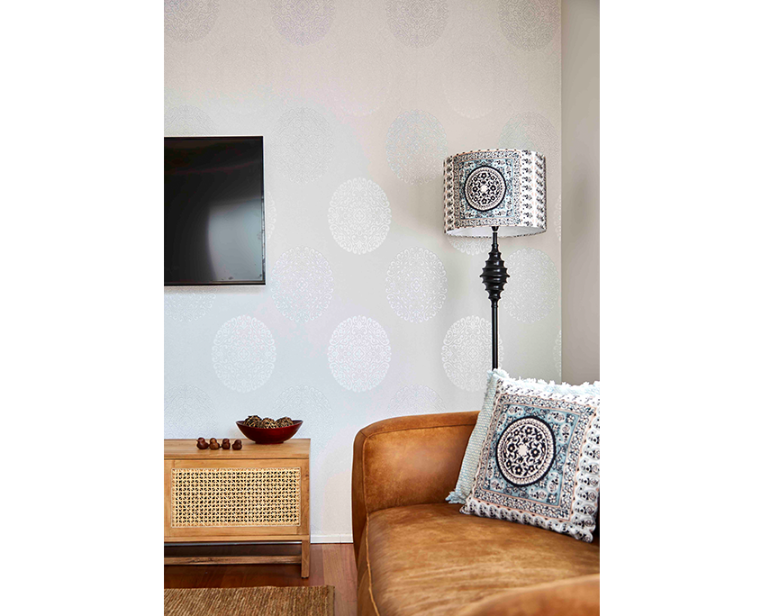 Boxclever-Interior-Designer-Moffat-Beach-06-portrait
