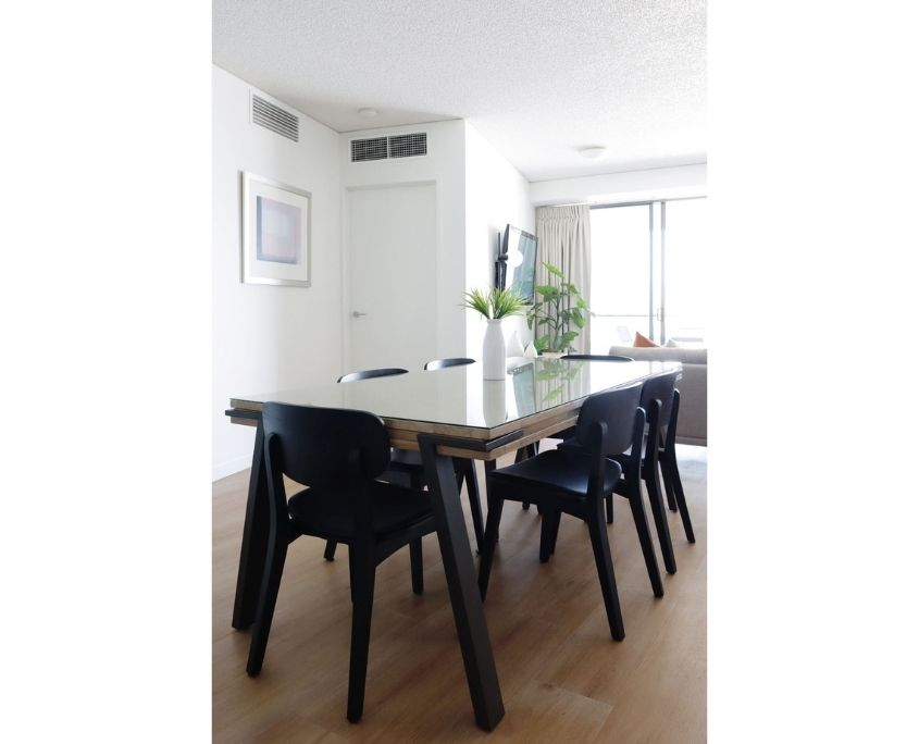 Dining Table by La Forma