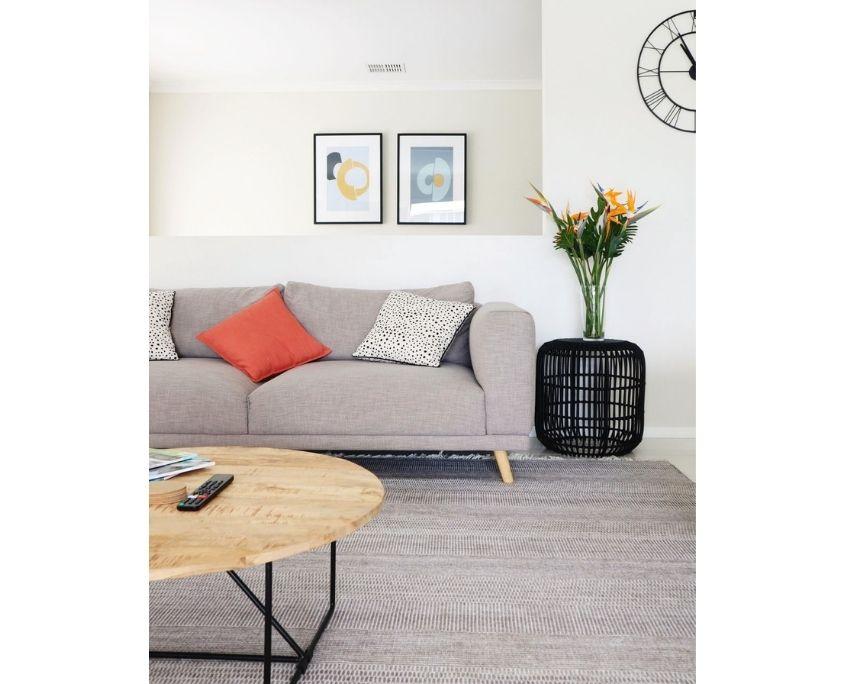 Sofa Edge Detail