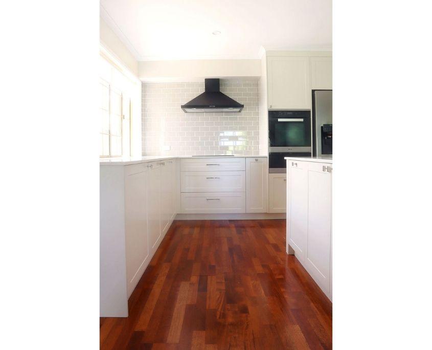 Grey_Subway_Tile_Kitchen Design Buderim 01